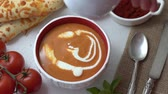 базилика : Tomato Soup with Basil, Red Paprika, Whipping Cream, and Garlic and Cheese Bread Sticks