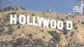 films : De iconische Hollywood sign Stockvideo