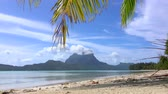 CLOSE UP: Idyllic empty white sand beach on Bora Bora island resort Stok Video
