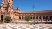 plaza de espana : Pan shot of Spain Square in Seville, Plaza de Espana, on a beautiful sunny day. Seville, Spain. Stock Footage