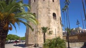 andaluzia : Torre del Oro Gold tower, famous landmark in Sevilla, Spain. Vídeos