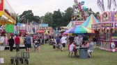 zíper : Long shot of the Carnival Fair Grounds