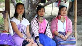 birmânia : Chiang Mai,Thailand-February 13 ,2017:Three young girls from the hill tribe The long-neck karen called themselves as Kayan living in Eco-Agricultural Hill Tribes Village - Baan Tong Luang