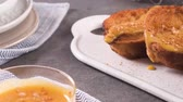 paskalya : Traditional Christmas Rabanadas. Spanish Torrijas on kitchen countertop. Stok Video