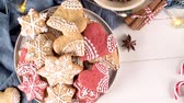 námraza : Baked Christmas cookies on rustic dark background. Dostupné videozáznamy