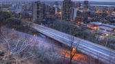 dálnice : 4K UltraHD Timelapse view of a busy expressway at as day becomes night