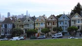 addizione : Timelapse of the Painted Ladies. case a schiera a San Francisco, California 4K Filmati Stock
