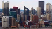 pensilvanya : Timelapse of the Pittsburgh, Pennsylvania downtown 4K Stok Video
