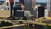 pensilvanya : Timelapse aerial of the Pittsburgh, Pennsylvania skyline 4K Stok Video