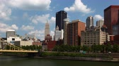 Пенсильвания : Timelapse Pittsburgh downtown by yellow bridge 4K