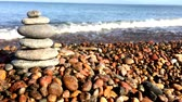 filozofie : Zen stones on the beach