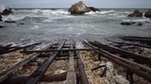 afet : Iron rails for launching boats in the bay in Bulgaria, pollution of the environment