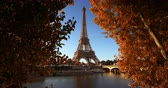 francês : Seine in Paris with Eiffel tower in autumn time