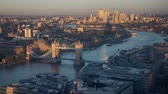 língua : time lapse London skyline with sunset