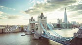 tamigi : time lapse London skyline with Tower bridge, UK Filmati Stock