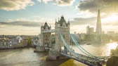 língua : time lapse London skyline with Tower bridge, UK Vídeos