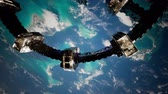 medeniyet : 4k Flight Of The International Space Station Above the Earth.