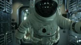 apolo : astronaut inside the orbital space station Archivo de Video