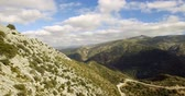 montanha : 4K Aerial, Flight over trees, forests and hills, Andalusia, Spain