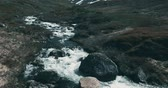 córrego : Stream In The Geiranger Highlands, Norway