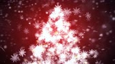 januari : Growing snow Christmas tree with falling snowflakes Stockvideo