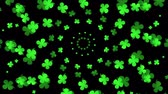 quedas : Green abstract clover