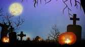 pedra tumular : Spooky halloween theme at the cemetery