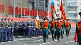 színházi próba : SAMARA - MAY 5: Dress rehearsal of military parade during the celebration of the Victory in the Great Patriotic War (World War II) on the square on May 5, 2018 in Samara, Russia. Stock mozgókép