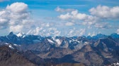 горный хребет : Beautifull landscape view of snow peaks of Caucasus mountains