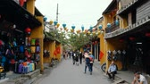 HOI AN, VIETNAM - DECEMBER 29, 2018: Popular vietnam destination - Hoi An - beautiful town with ancient architecture. Hoi An is the Worlds Cultural heritage site. Vidéos Libres De Droits
