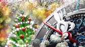 on oniki yaşında : New Years at midnight - Old clock with stars snowflakes and holiday lights. 4K 3d rendering