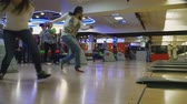 bowling alley : Family competitions in bowling club Quantum Stock Footage