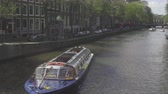 hollanda : Canal cruise boat in Amsterdam