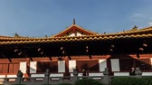 Guangxiao Temple(prince mansion in Han dynasty) で本堂に向かって右に左から歩いてください。