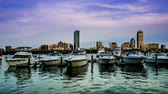 Бостон : At evening,the private yachts in the Charles River, Boston, USA