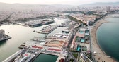 estacionamento : BARCELONA, SPAIN - July 29, 2018: View from the port of Barcelona