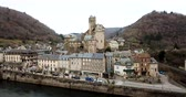 pirineus : City of Estaing, France