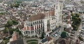 kırmızımsı : Aerial view of historic city of Auxerre with Roman Catholic Cathedral, Burgundy, France