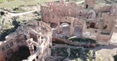 остатки : Aerial view of destroyed old church of Spanish town Belchite Стоковые видеозаписи