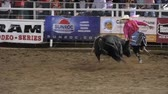 ferimento : Editorial rodeo clown teases giant bull at a PRCA rodeo