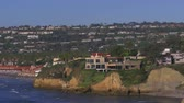La Jolla Shores Tilt Down Shot Toon Cliff Homes in Zuid-Californië USA.