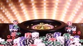roleta : Poker Chips, Roulette wheel in motion Stock Footage