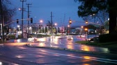 уличный свет : Suburban Intersection Traffic Wet Street At Night