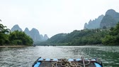 Boat on the river in yangshuo china timelapse Stok Video