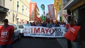 política : Sevilla (Spain) 1 May 2012: Labour Day: Demonstration against the government economical  policy 3 Stock Footage