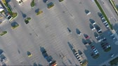 verão : Descending Into Parking Lot With Cars At Strip Mall Plaza Aerial View Stock Footage