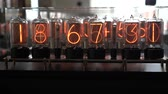 numérico : Nixie tube retro electronic clock numbers, cold cathode display