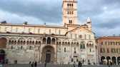 t��o : MODENA? SEPTEMBER 30, 2016: Facade of Modena Cathedral. This is the main city landmarks