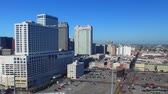 viagens de negócios : NEW ORLEANS, LA - FEBRUARY 2016: Aerial view of city skyline on a sunny morning. New Orleans attracts 15 million visitors annually