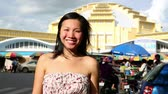 bugiganga : Young Asian girl shopping phnom penh central market Stock Footage